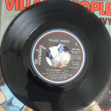 Village People – In The Navy (45T) Vinyle